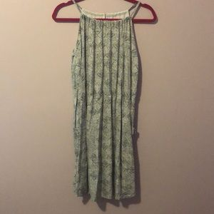 Patterned dress with pockets!